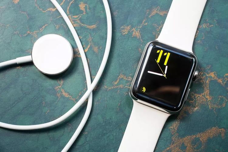 """Apple Watch 4: какие улучшения ждать в новых смарт-часах"""""""