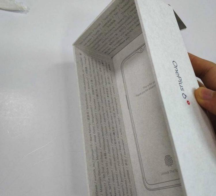 """Упаковка раскрыла особенности смартфона OnePlus 6T"""""""