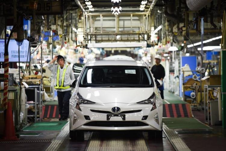 """Toyota отзывает более 1 млн автомобилей по всему миру из-за риска возгорания"""""""