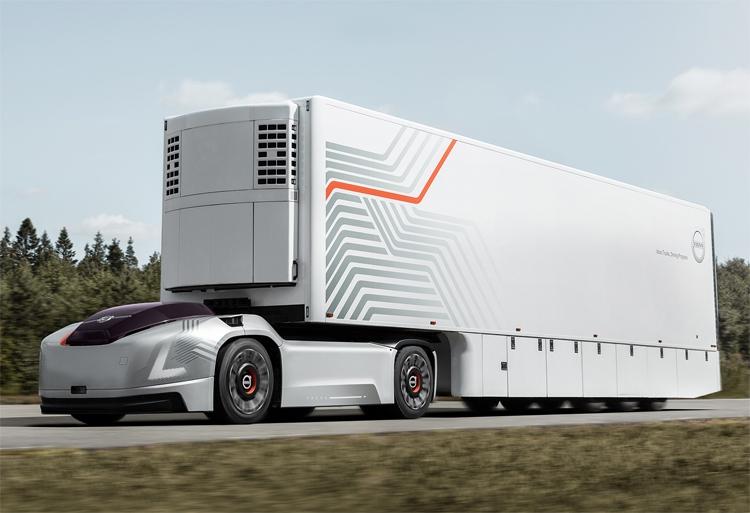 "Volvo Vera, или Грузоперевозки на робомобилях без кабины"""