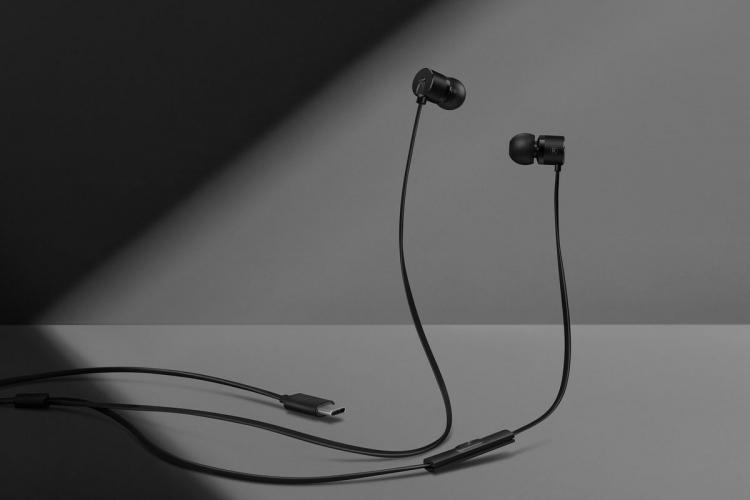 """OnePlus представила недорогие наушники Type-C Bullets с разъёмом USB Type-C"""""""