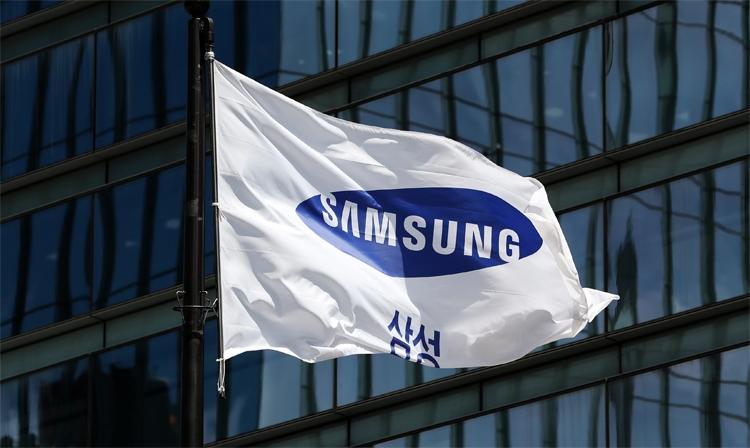 "11 октября Samsung представит загадочное устройство Galaxy"""