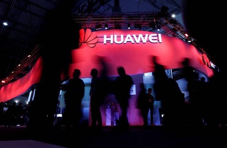 """Huawei: гибкий смартфон сможет заменить компьютер"""""""