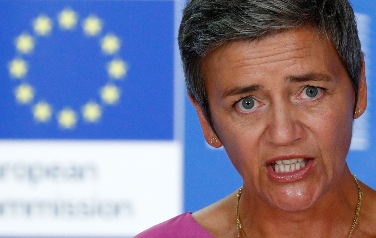 """Европейская комиссия заподозрила в картельном сговоре BMW, Mercedes-Benz, Volkswagen, Audi и Porsche"""""""