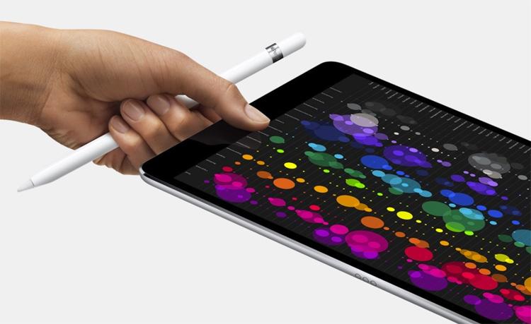 "Новый планшет Apple iPad Pro дебютирует до конца осени"""