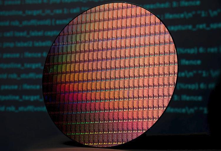 """Intel вернулась к 22-нм нормам при производстве новых чипсетов"""""""