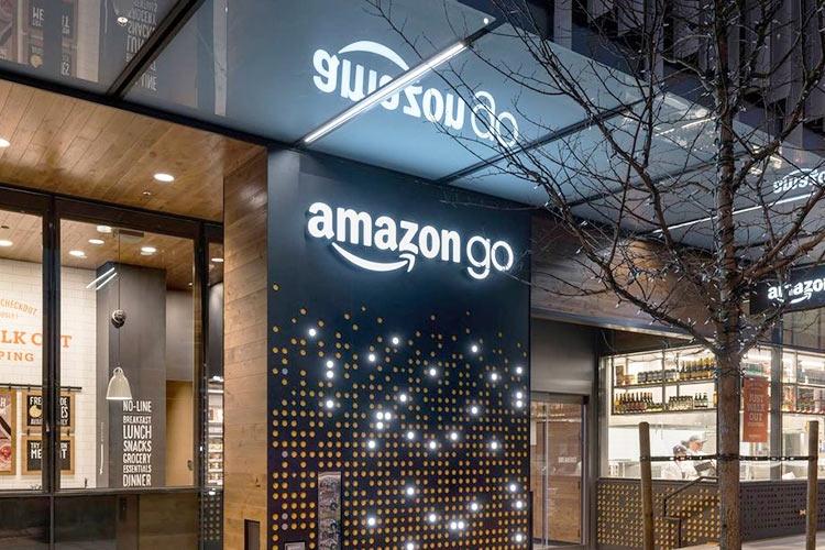 Amazon к 2021г планирует открыть до3 тыс. магазинов без кассиров