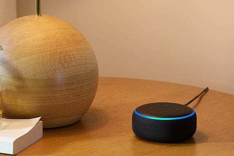 """Популярный динамик Amazon Echo Dot с помощником Alexa стал ещё лучше"""""""