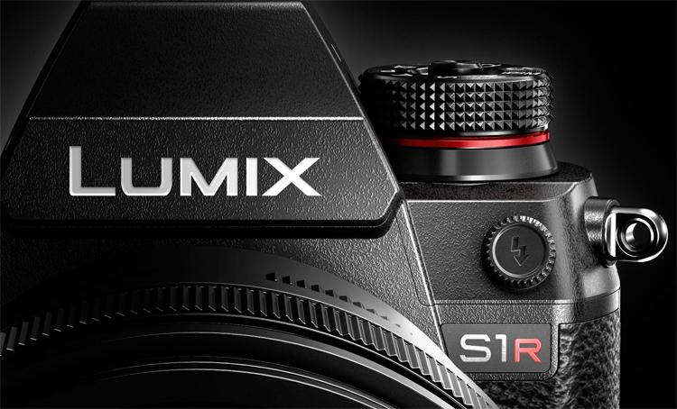 """Panasonic выпустит две полнокадровые беззеркальные фотокамеры"""""""