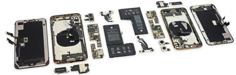 iPhone Xs и Xs Max в разобранном состоянии (фото iFixit)