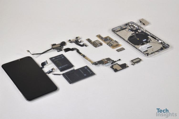 """Себестоимость iPhone Xs Max почти в три раза ниже его розничной цены"""""""