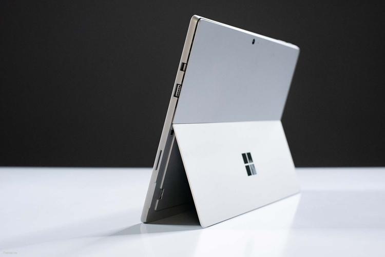 "Раскрыты особенности планшета Microsoft Surface Pro 6"""