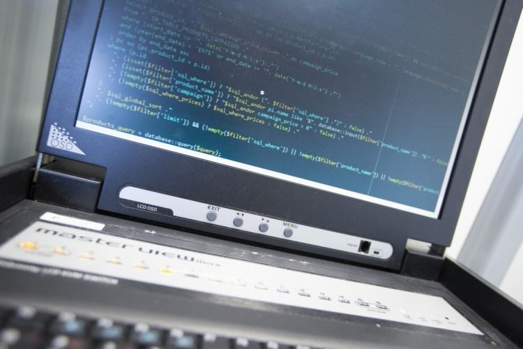 """0-day уязвимость в фирменной СУБД от Microsoft исправлена, но с оговорками"""""""