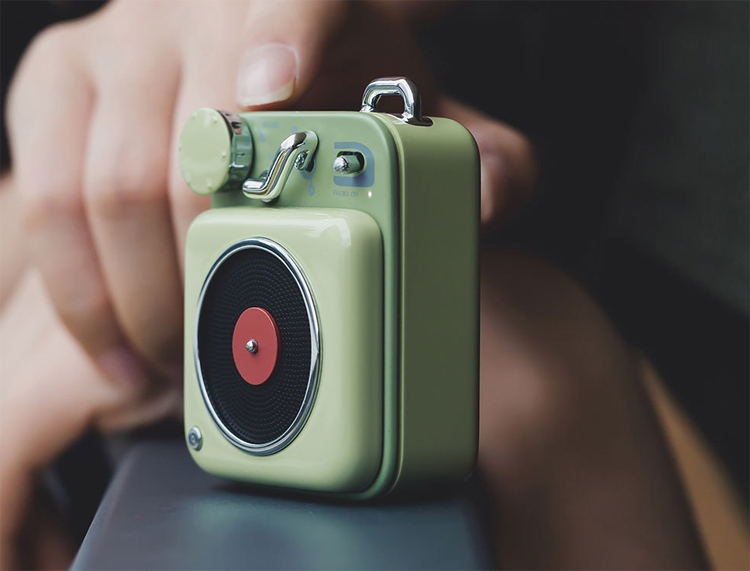 """Xiaomi Elvis Presley Atomic Player B612: Bluetooth-динамик с необычным дизайном"""""""