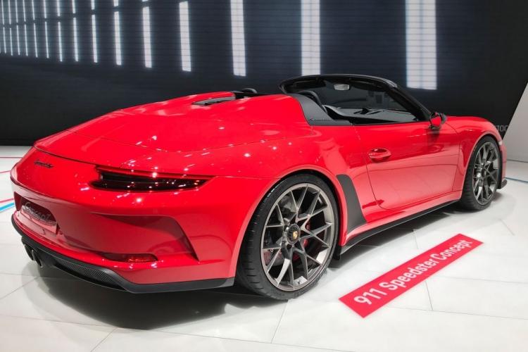 """Юбилейный спорткар Porsche 911 Speedster выйдет в 2019 году тиражом 1948 единиц"""""""