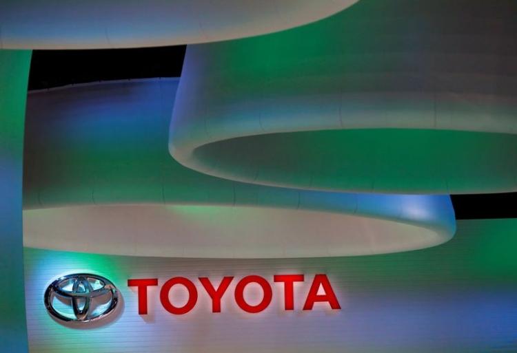 """Toyota объявила об отзыве более 2,4 млн гибридов по всему миру"""""""