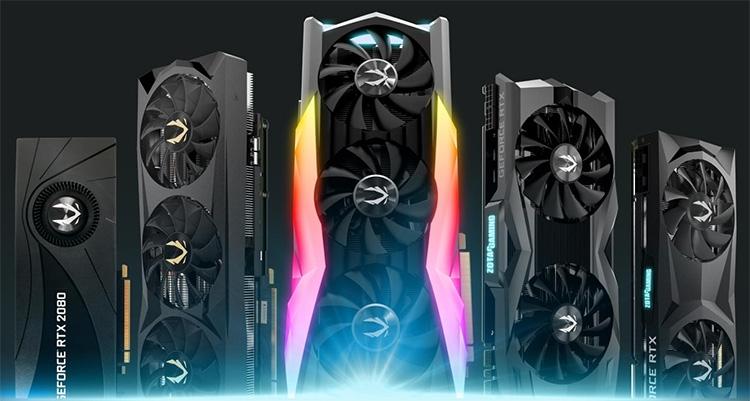 GeForce RTX 2080 AMP Extreme в окружении более скромных моделей