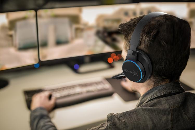 """Гарнитура Creative Sound BlasterX H6 подходит для ПК и игровых консолей"""""""