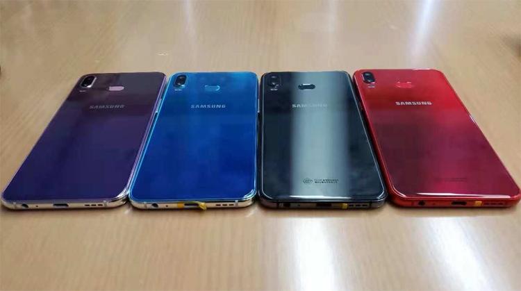 """«Живые» фотографии раскрыли облик смартфона Samsung Galaxy A6s"""""""