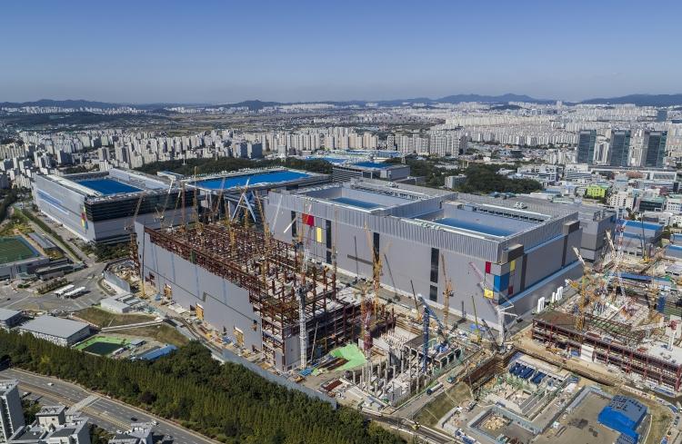 Строительство новой фабрики Samsung Foundry в Хвасоне