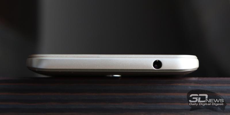 BQ Twin Pro, верхняя грань: мини-джек (3,5 мм) для наушников/гарнитуры