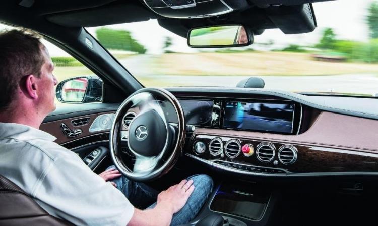 """Western Digital представила UFS-накопители для умных автомобильных систем"""""""