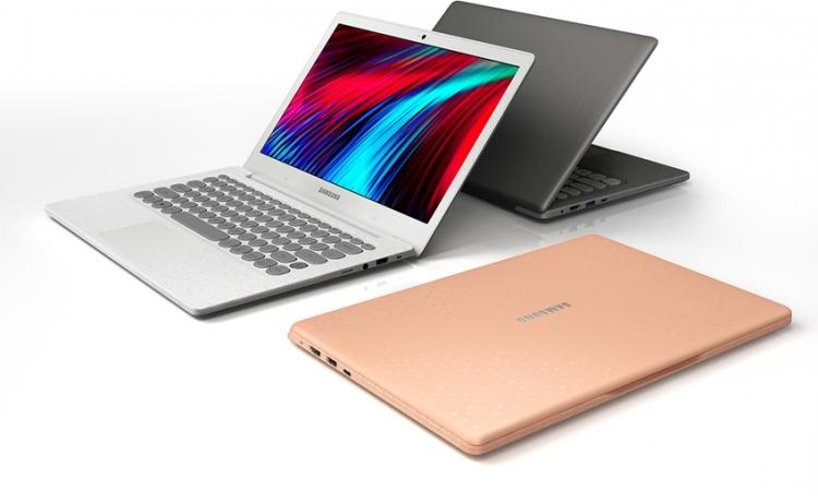 """Samsung представила ноутбук с клавиатурой в стиле печатной машинки"""""""