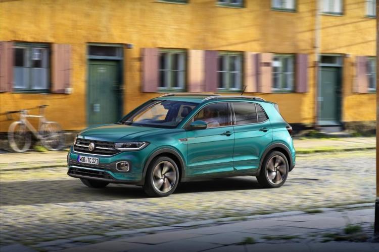 """Volkswagen представила свой первый кроссовер в классе малолитражных автомобилей T-Cross 2019"""""""