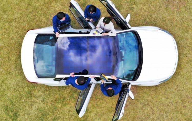 """Hyundai и Kia готовятся к выпуску автомобилей с «солнечной крышей»"""""""