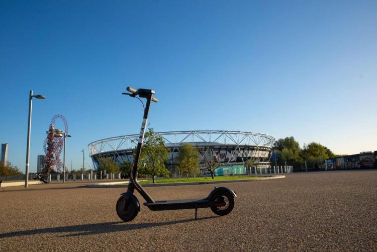 """Bird обошла запрет на использование электросамокатов в Лондоне"""""""