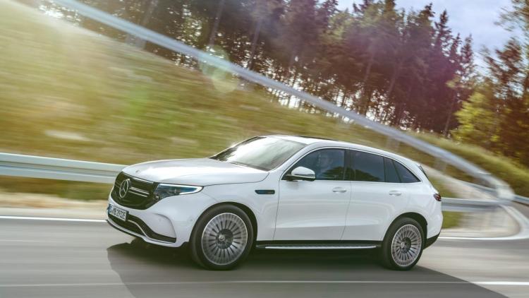 """Daimler удваивает персонал на производстве батарей перед выходом электромобиля Mercedes-Benz EQC"""""""