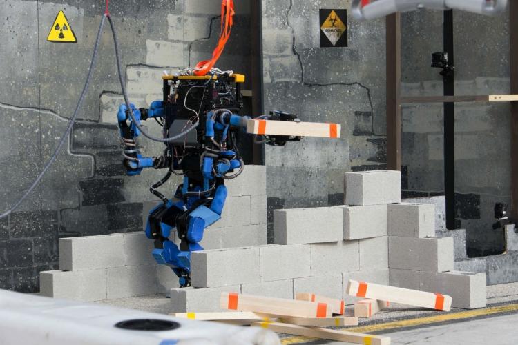"""Alphabet закрывает робототехническое подразделение Schaft"""""""
