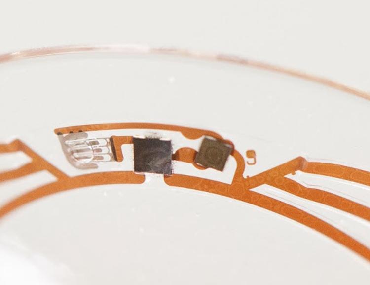 """Проект контактных линз Google для измерения уровня глюкозы отложен в долгий ящик"""""""