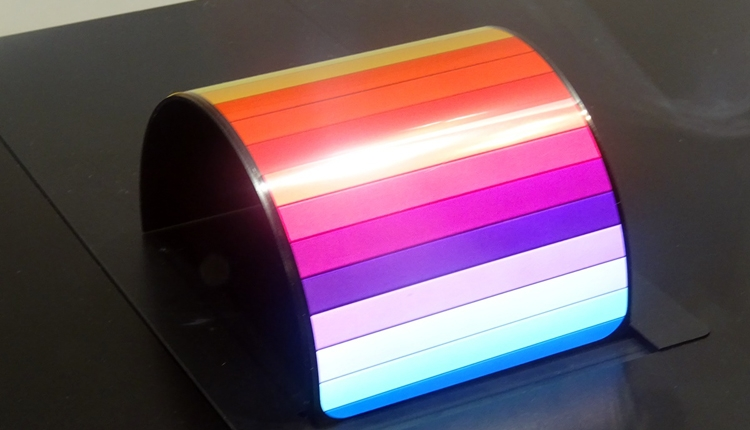 "Sharp продемонстрировала гибкие OLED-дисплеи"""