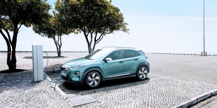 "Hyundai начала наращивать производство электромобилей Kona Electric"""