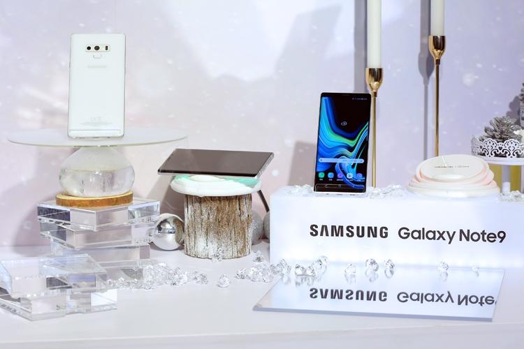 """Фаблет Samsung Galaxy Note 9 предстал в белоснежном исполнении"""""""