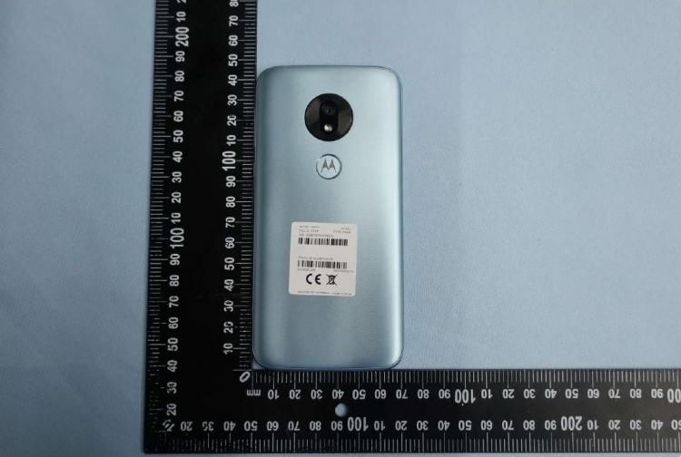 """Фото: FCC рассказала всё о Moto G7 Play — экранный вырез на месте"""""""