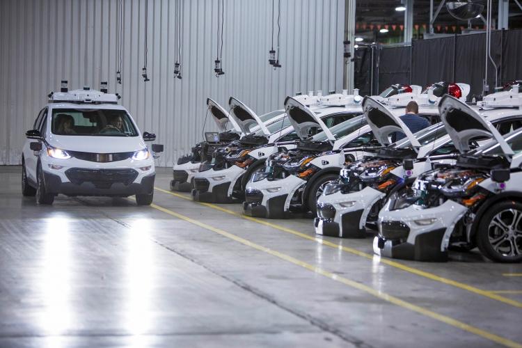 Тестовые автономные электрокары Chevrolet Bolt
