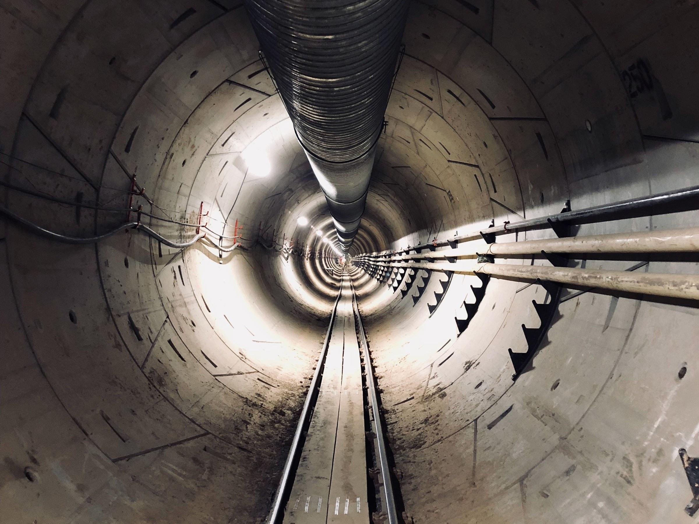 Компания Илона Маска отказалась от планов по прокладке тоннеля под Лос-Анджелесом