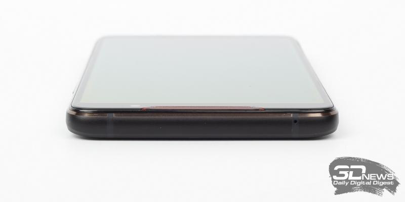 ASUS ROG Phone, верхняя грань: микрофон
