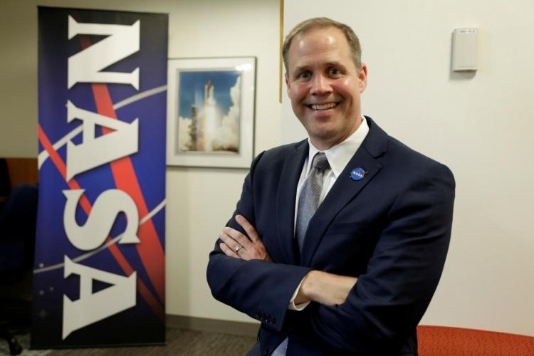 """NASA отдаёт разработку лунной программы на откуп частным компаниям"""""""