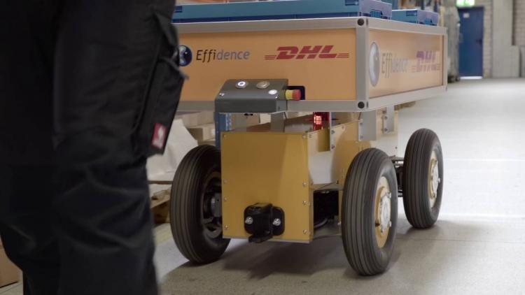 """В 2019 году DHL инвестирует $300 млн в четырёхкратное увеличение количества роботов на складах"""""""