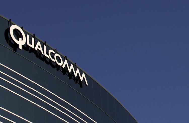 """Иск Qualcomm к Apple с обвинением в краже технологий рассмотрят в апреле"""""""