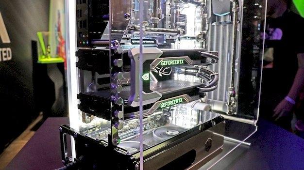 Пара видеокарт GeForce в режиме SLI