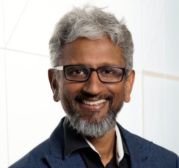 Главный технолог, старший вице-президент и руководитель подразделения Cores and Visual Computing and Edge Computing Solutions в Intel Раджа Кодури (Raja Koduri)
