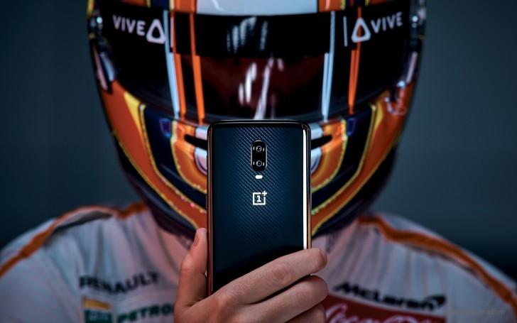 Смартфон OnePlus 6T МакЛарен Edition оценили в699евро