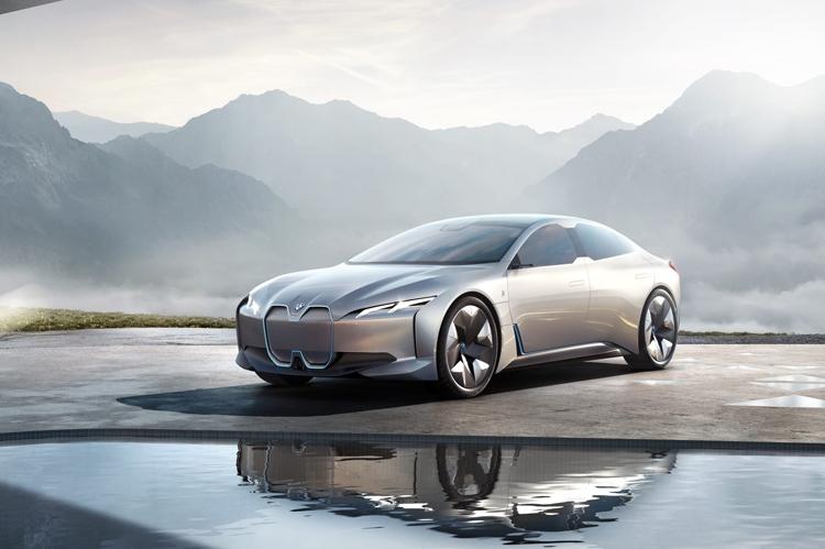 """BMW инвестирует более $225 млн в запуск производства BMW i4"""""""
