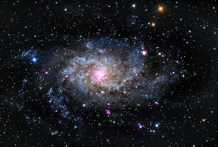 """Фото дня: праздничное ассорти великолепных космических объектов"""""""