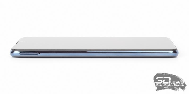 ASUS Zenfone Max Pro (M2), левая грань: слот для SIM-карт и карты памяти
