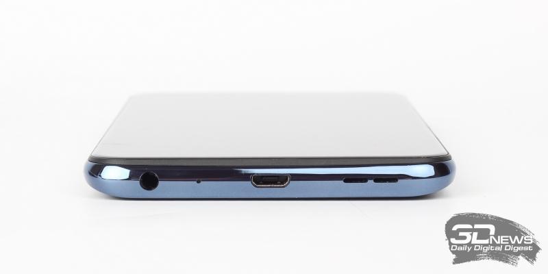 ASUS Zenfone Max Pro (M2), нижняя грань: порт microUSB, основной динамик, микрофон, мини-джек